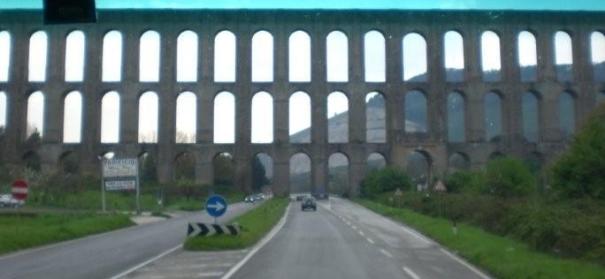 Aqueduct near St. Agata dei Goti 2